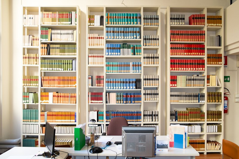 """I colori della biblioteca """"Giorgio R. Franci"""""""
