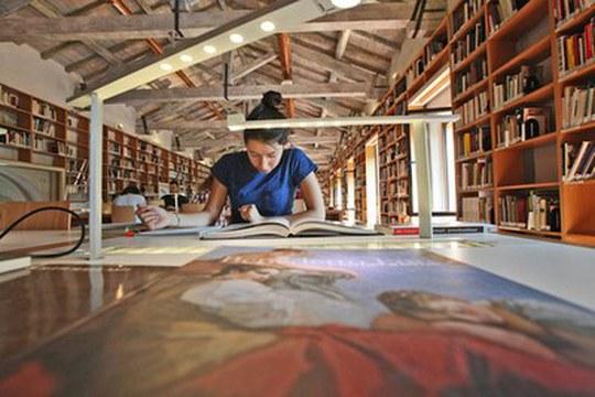 Tecnologie digitali per lo studio delle scritture antiche: al via il progetto ENCODE